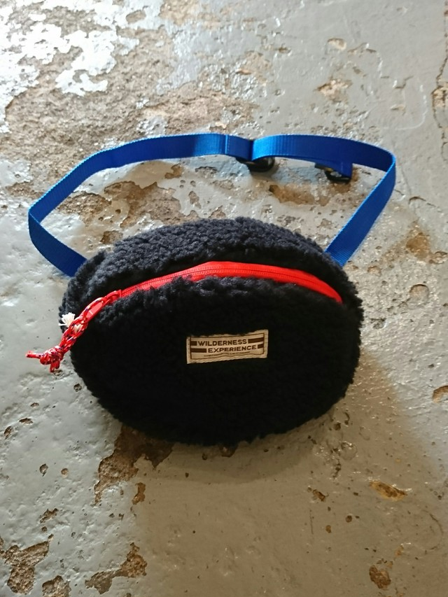 "COMFY × WILDERNESS EXPERIENCE ""TEDDY WAIST BAG"" BLACK COLOR"