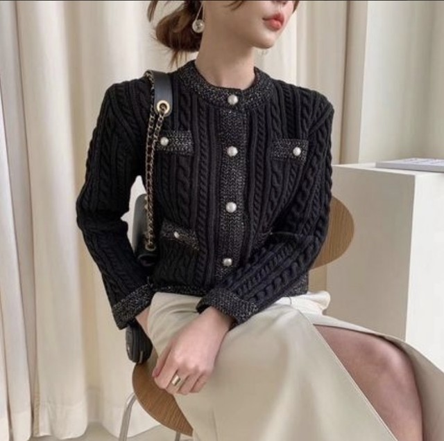 パール ボタン ケーブル編み ニット カーディガン ブラック ホワイト  ジャケット