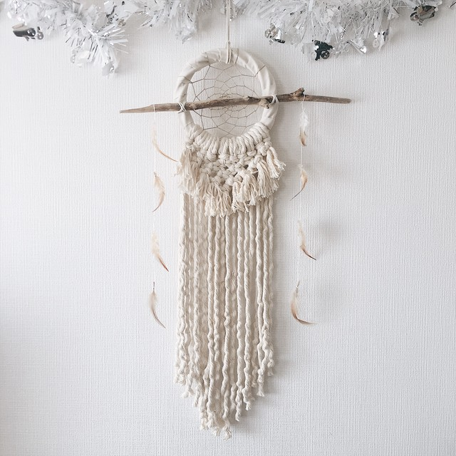 Dreamcatcher - feather × fringe -