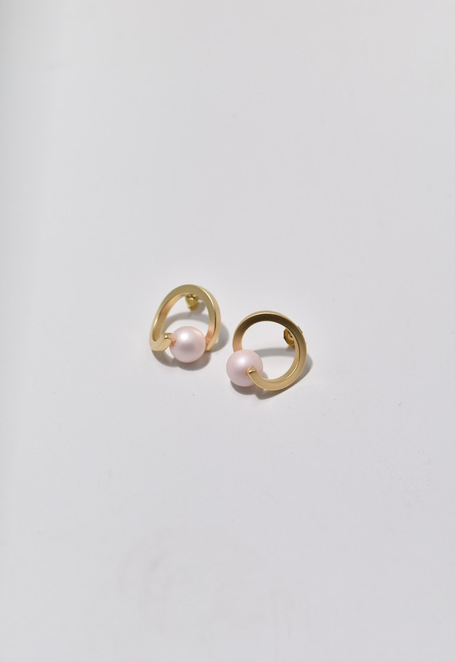 spiral pierce Pale Pink