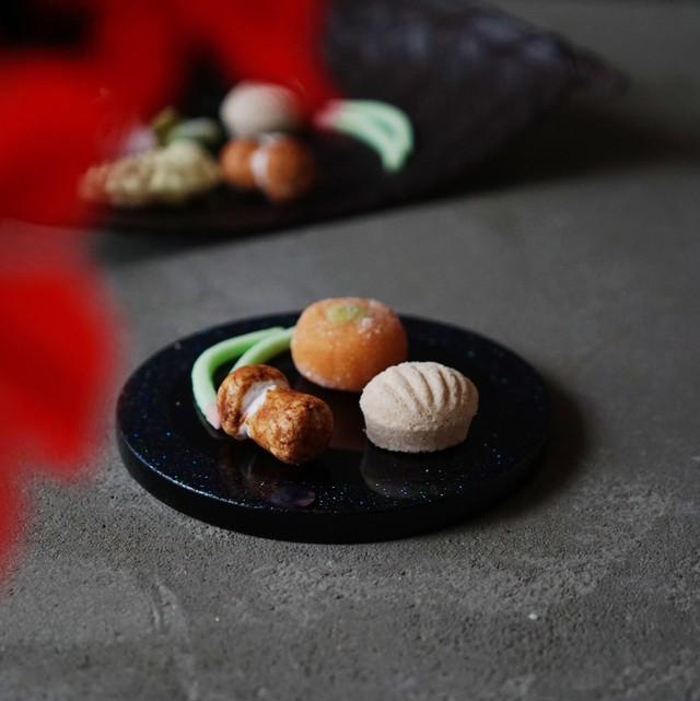 秋の干菓子缶「吹き寄せ」