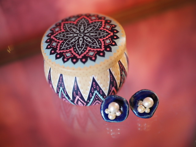 aroma candle & ear clips