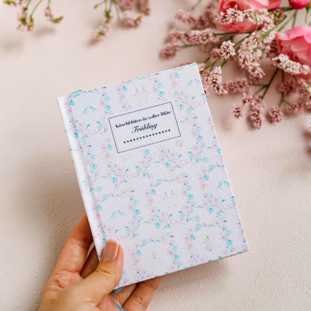 特別なことを綴るための手製本ノート*桜と青い鳥
