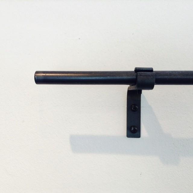 [1110mm~1500mm]13mmφ シングルアイアンカーテンレール(送料無料・部材込)