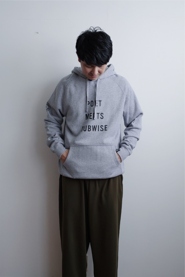 "【POET MEETS DUBWISE(ポエトミーツダブワイズ)】""New PMD""Raglan Hoodie"