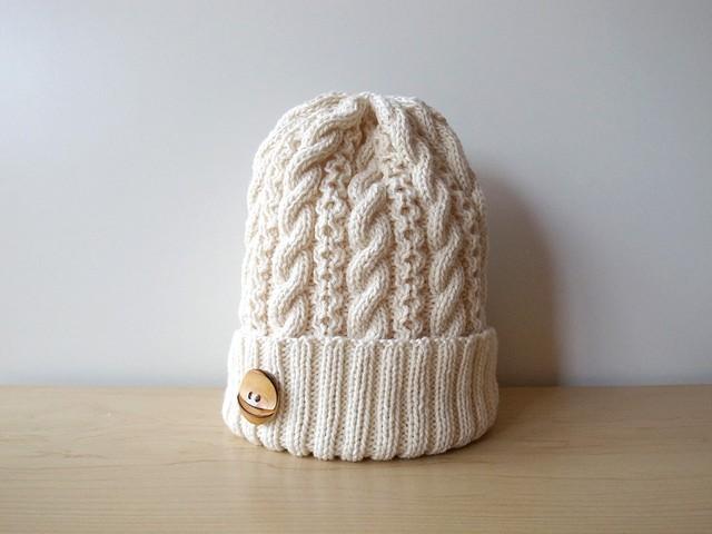 ミルクホワイトなコットンウールのニット帽