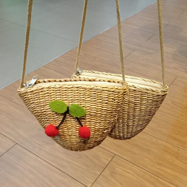 【小物】可愛い草編みフルーツ飾りバッグ22584255