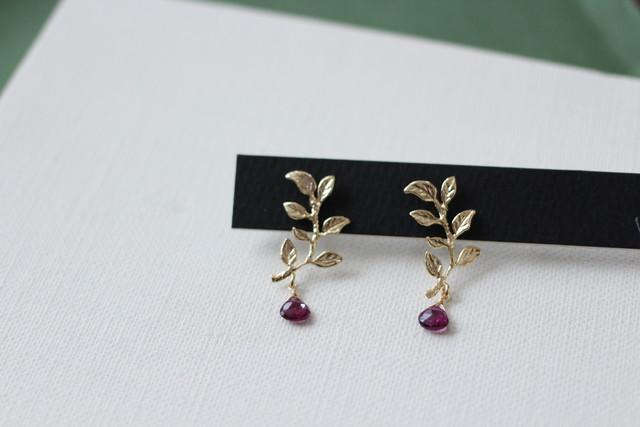 -botanical-カイヤナイトのアシンメトリーピアス