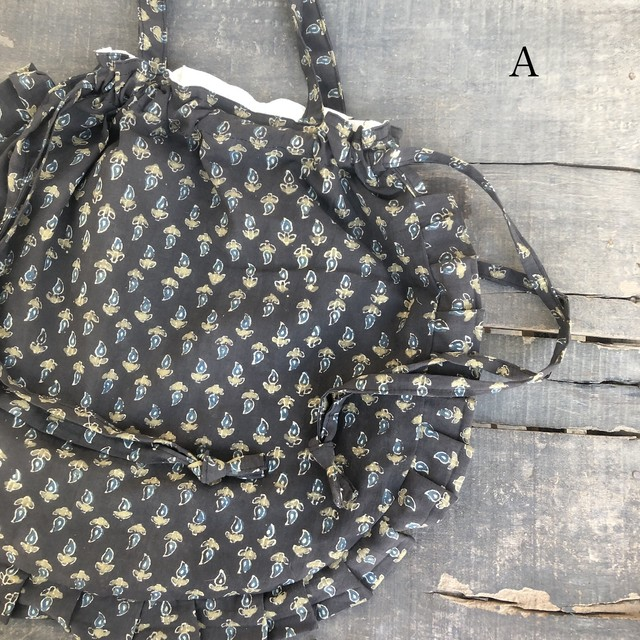 saruche  フリル丸型巾着bag