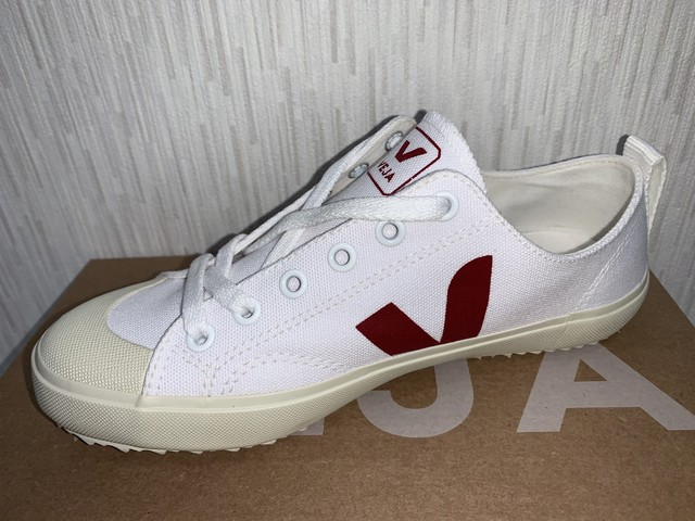 VEJA(J)NOVA CANVAS WHITE MARSALA 20%OFF