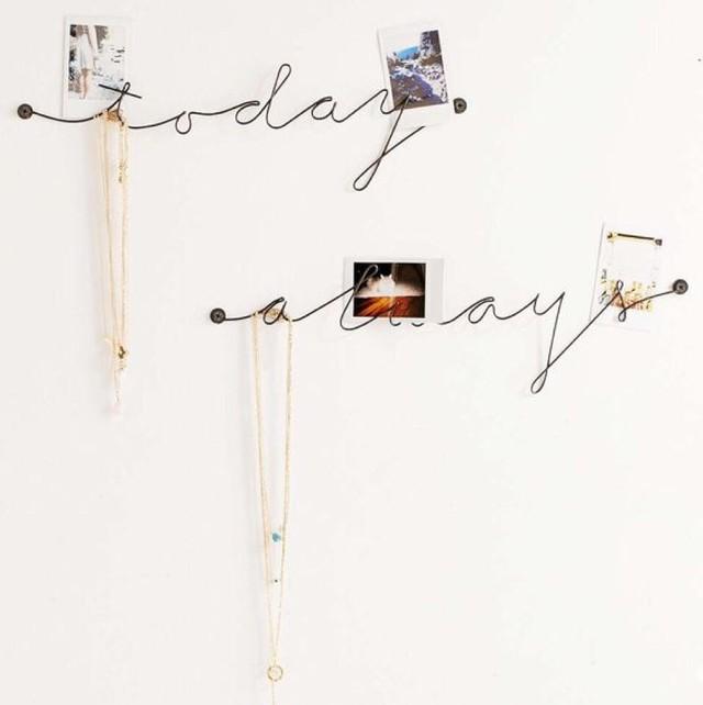 Urban Outfitters Plum & Bow Wire Text Wall Art |インスタでも話題の海外セレブ系レディースファッション Carpe Diem