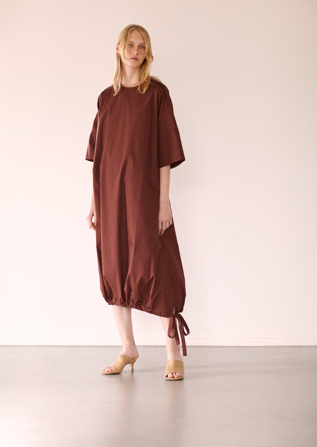 Drawstring hem dress