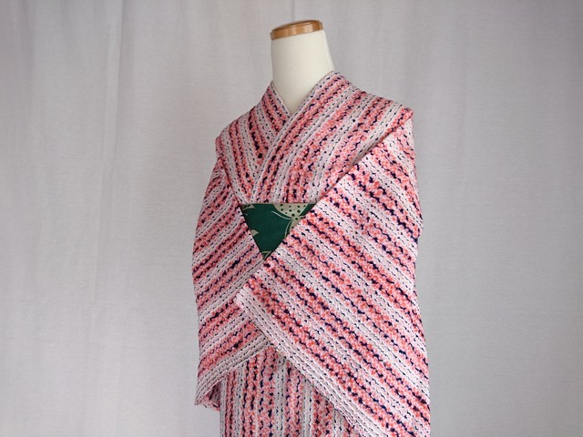 【K-23】 丈155 裄63 ピンクと紺 筋絞り 総絞り 浴衣 リサイクル
