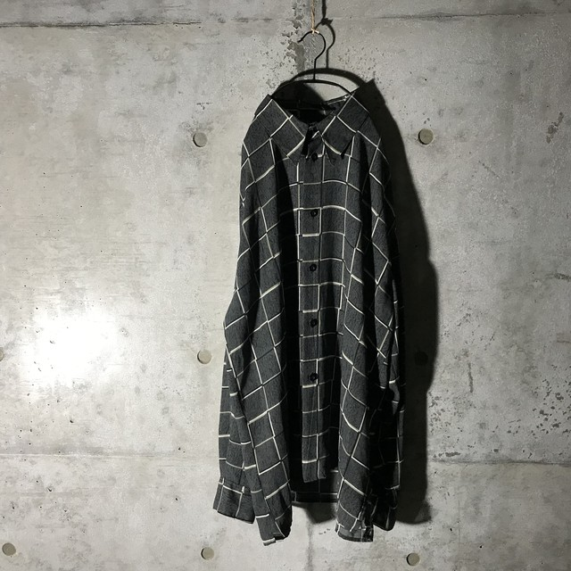 [used] white checked big shirt