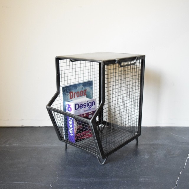 MESH BOX & TABLE