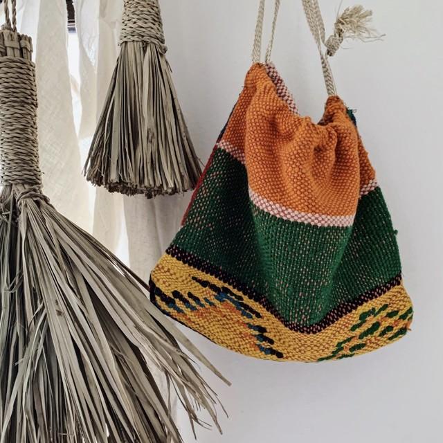 手織りのオールドテキスタイル A-4