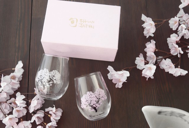 【cs-05s】『冷感桜』『フリーグラスペアセット』      * 春 桜 グラス 花見 ペアセット 贈り物 温度 変化  日本酒 乾杯 記念 ギフト プレゼント お祝い