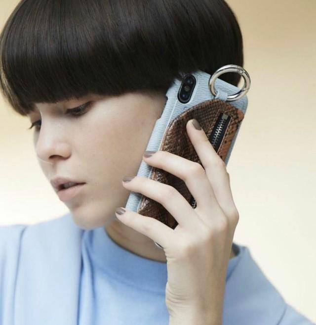 ストラップ付 パイソンiPhone case / ajew