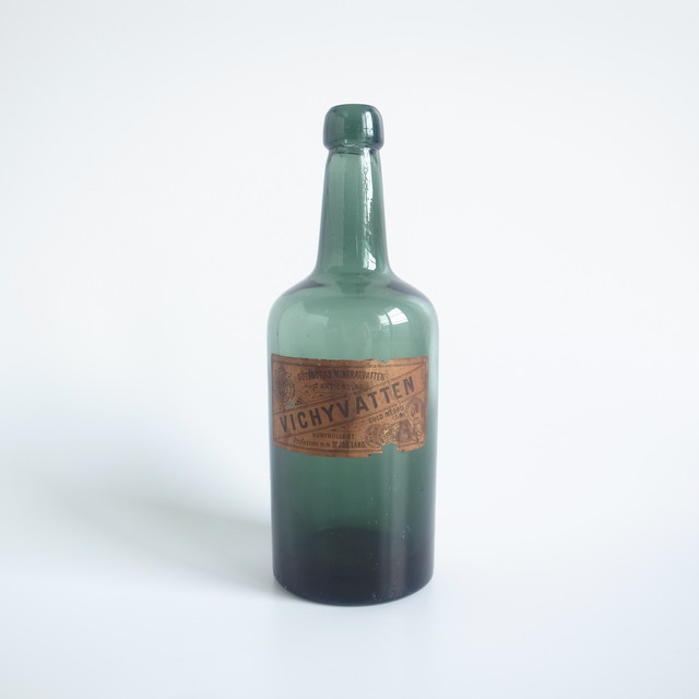 VICHY Glass bottle