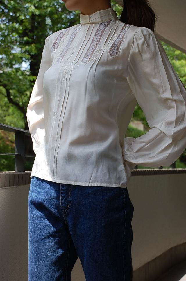 1980's stand collar blouse