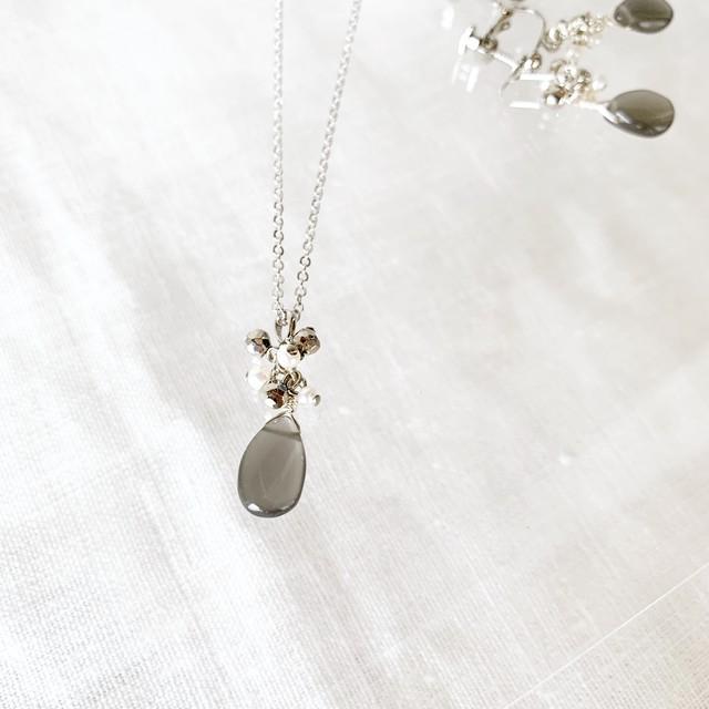 【6月の誕生石】グレームーンストーン&淡水パール&テラヘルツ・ネックレス