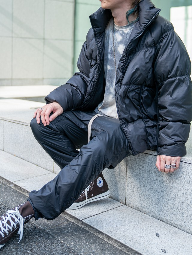 【UNISEX - 1 size】OVERSIZE SHORT PADDDING / Black