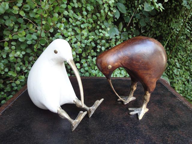 キーウィ Kiwi 木彫り 置物