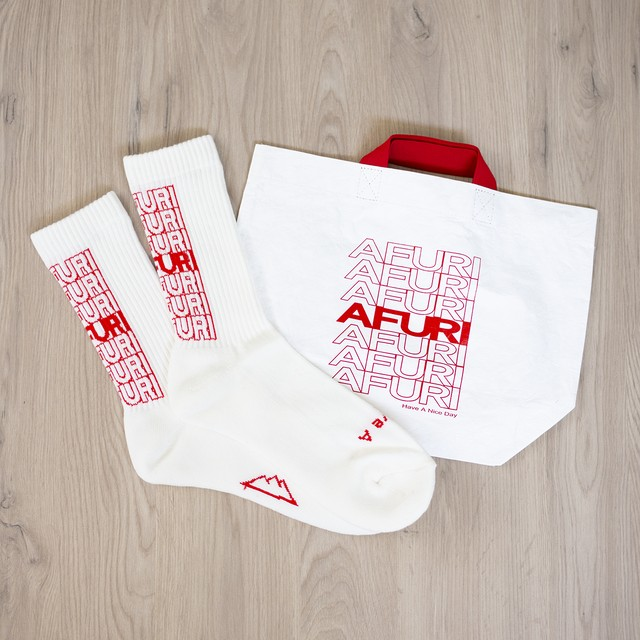 "AFURI ""Have A Nice Day"" Socks & Bag SET"