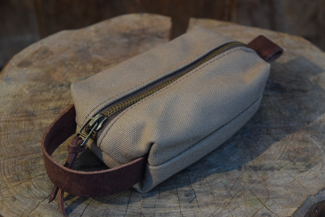 新品 Original Heavyduty pouch TAN -Small G06