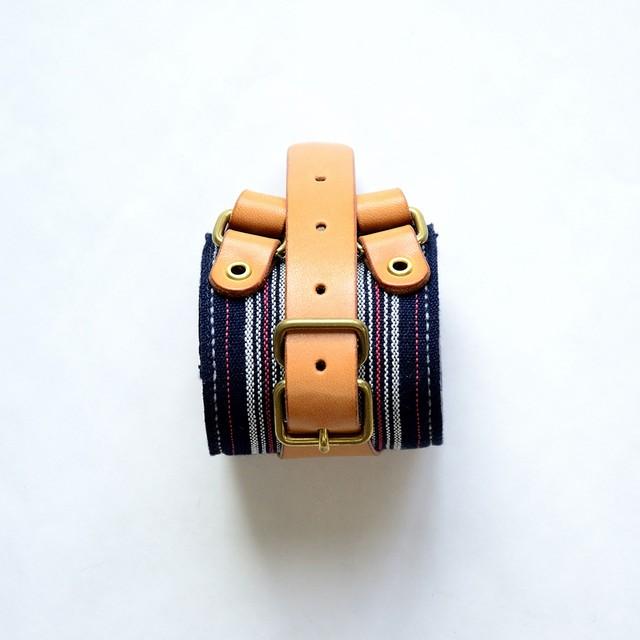 toitofabric + t.n.A.f.t. collaboration wristband 002
