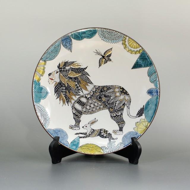 【九谷焼 北村和義】線描色絵金彩皿「前を見るライオン」 K-4