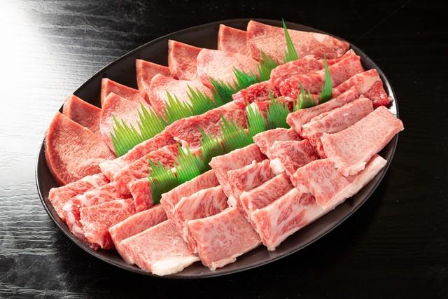 贅沢焼肉セット 3人前600g(もも、カルビ、牛タン(輸入))