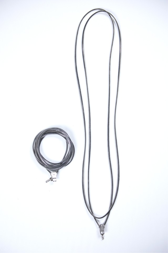 【HUMIS】YKK ZIP REMAKE NECKLACE&BRACELET