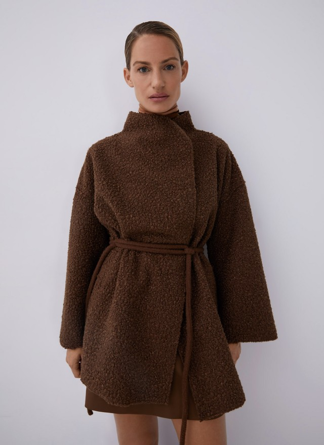 WRAP COAT WITH CHIMNEY COLLAR
