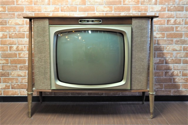 品番Z-015 アメリカヴィンテージテレビ リモコン付き