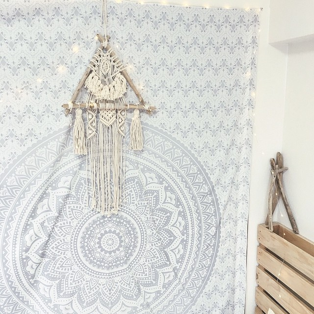 Macrame tapestry - Triangle driftwood × Shell -
