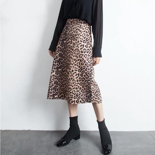 Mは即納♡S〜Lサイズ♡ Aライン レオパード スカート /  ロングスカート ミディアム丈 ミディ 膝下 ボトムス レディース