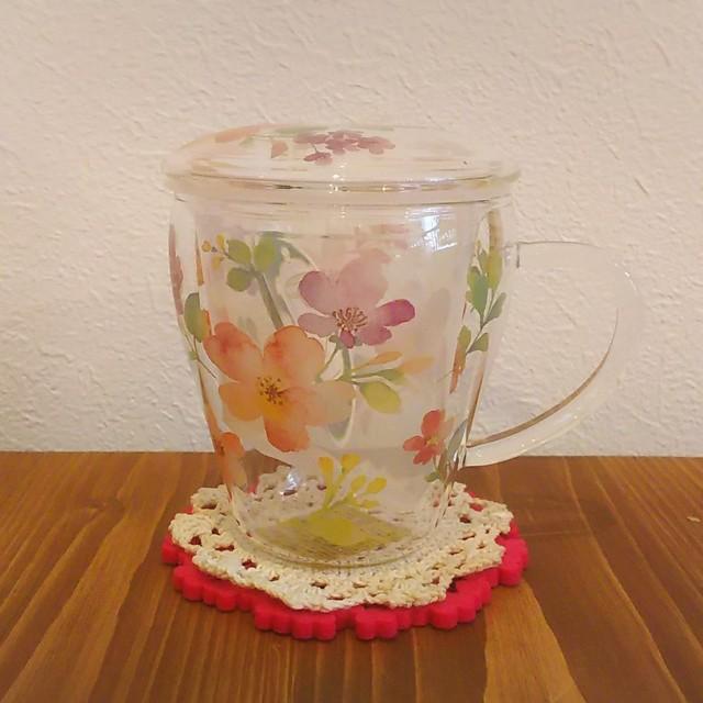 茶こし付ガラスのティーカップロマンティックストロベリー