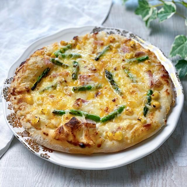 2種のピザ グラタンピザ/ベーコーンピザ