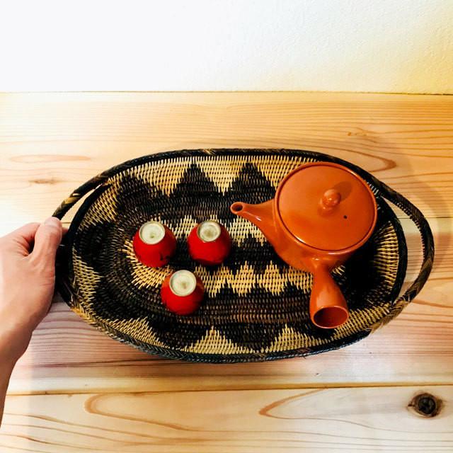 イラヤ族のタマゴ型の皿 〜壱〜