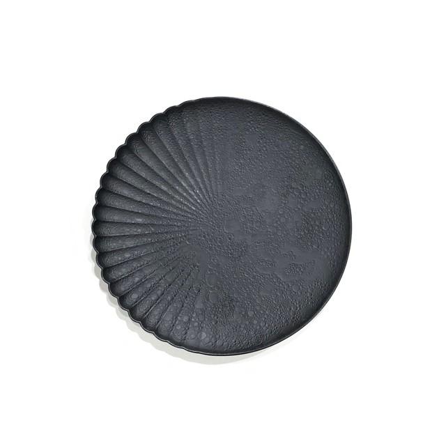 泡化粧マットブラック  片菊彫16cmプレート