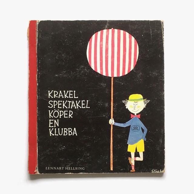 スティーグ・リンドベリ:絵「Krakel Spektakel köper en klubba(ちゃっかりクラーケルのおたんじょうび)」《1962-01》