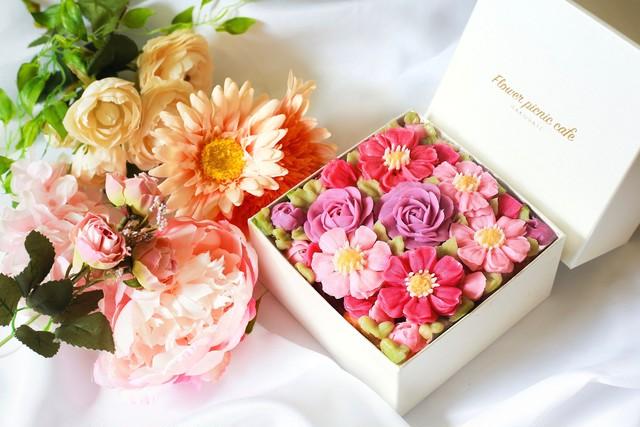 【秋桜の花束】【Cosmos Bouquet】ボックスフラワーケーキ}