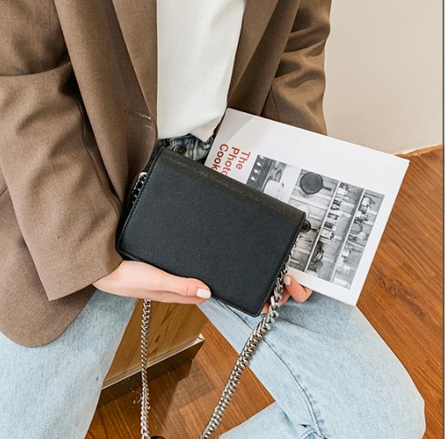 【浪花ほのか着用】Chain shoulder mini bag LD0271