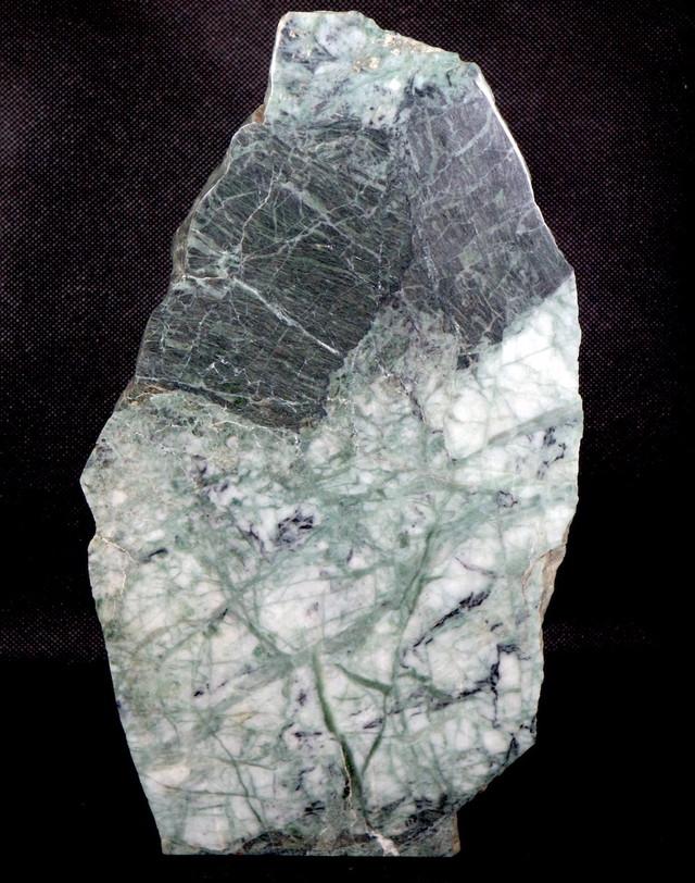 特大!希少! カリフォルニア産  硬玉 翡翠 原石 ジェダイト 3500g JDT011 鉱物 天然石 パワーストーン