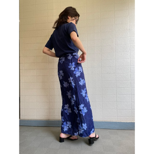 long flower pattern wrap skirt