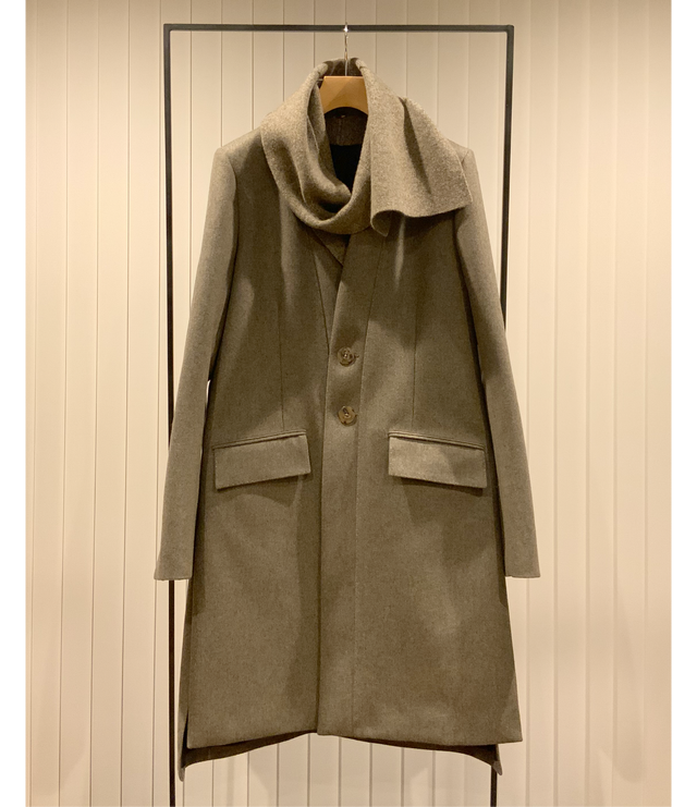 Knitted Lapel Chester Coat / Greige x Greige