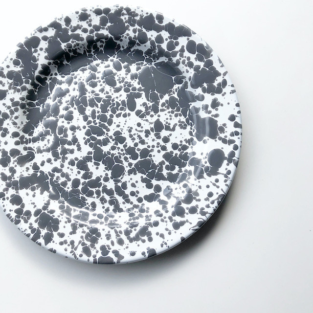 "CROW CANYON HOME ""SALAD PLATE GREY"" φ20cm"