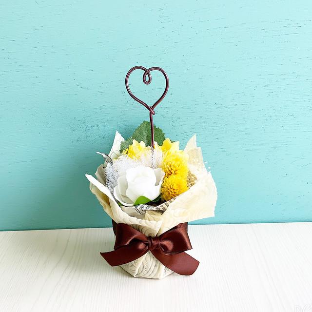 黄色のお花のメモスタンド