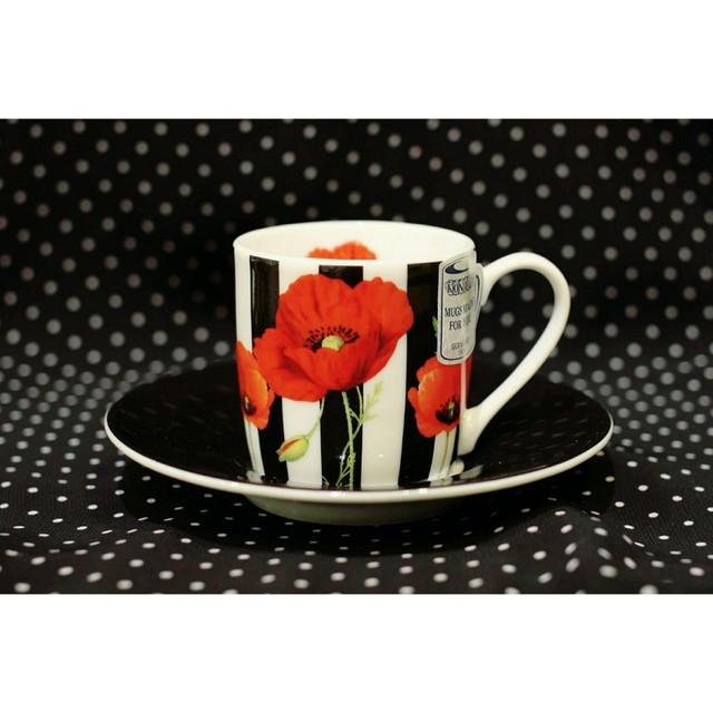 ストライプ 赤い花<エスプレッソカップ>KONITZ  浜松雑貨屋C0pernicus